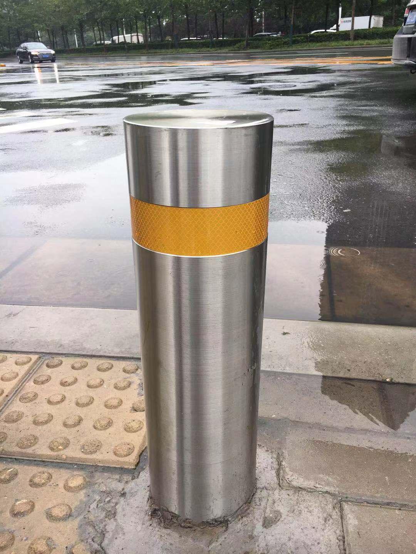 郑州东区市政道路-不锈钢路桩